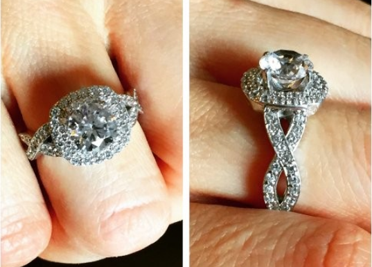 Shiny Sparking Engagement Rings For A Special Someone