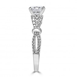 18K white gold semi-set engagement ring 0.37tw (SI1,GH) Size 6.75