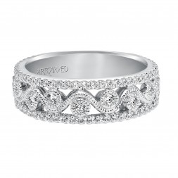 Anniversary Ring With Round Diamond Enhanced Design