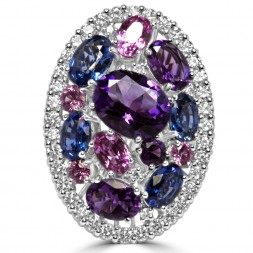 Lady's White 18 Karat Fashion Ring