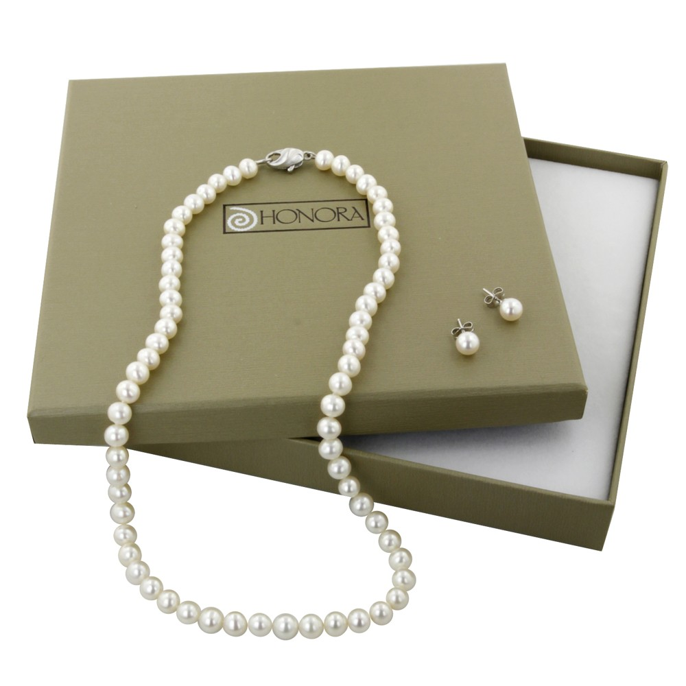 Sterling Silver 6-6.5MM White Freshwater Cultured Pearl 18
