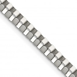 Stainless Steel Polished 4mm 22in Box Chain