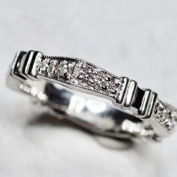 VS Signature Diamond Ring (.42ctw.)