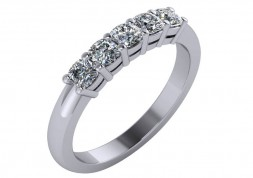 14 KT White Cushion 3/4 CTTW Diamond Band